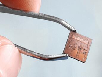 應用於一次性醫用耗材和工業物聯網的無線生物傳感器平台