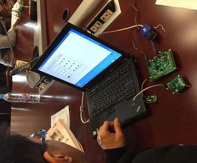 学员用纳芯微电子开发的ASIC进行实战体验