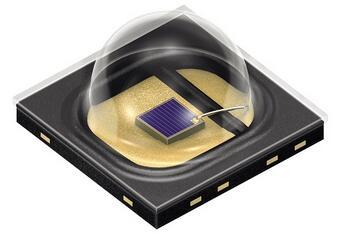 欧司朗高功率红外LED产品线新增SFH 4703AS红外发射器,发射的光线波长为810纳米