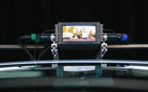 Luminar的LiDAR系统采用了InGaAs接收器和1550nm激光器