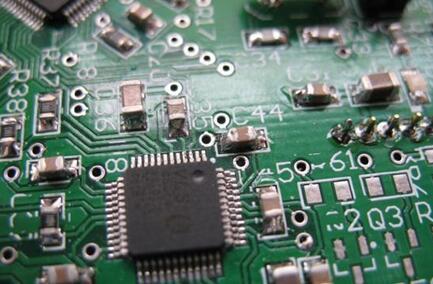 热像仪在电路板测试中的应用