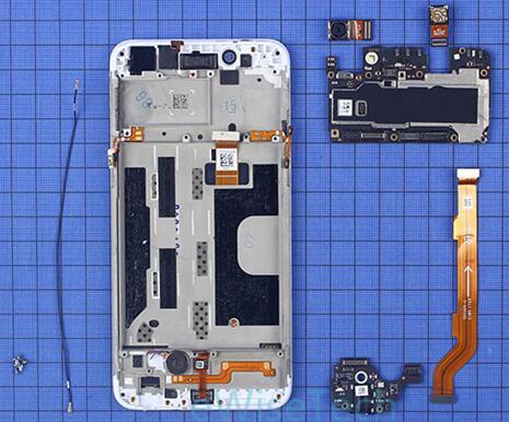 OPPO A77智能手机主板副板与内支撑之间通过螺丝固定