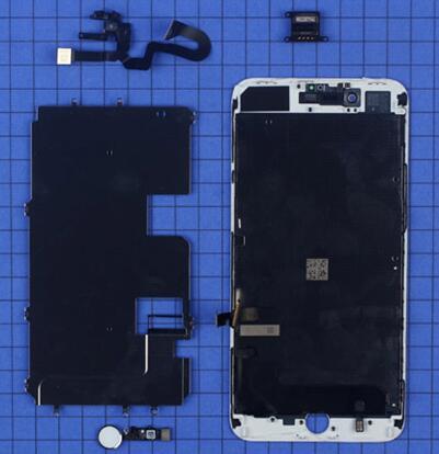 iPhone 8 Plus在屏幕面板上集成了听筒、前置摄像头和传感器模块、金属固定板和指纹识别传感器