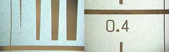 MEMS指纹传感器的测试图形:400微米的掩模区域,用于评估精细打印分辨率的具有刻度的渐变线