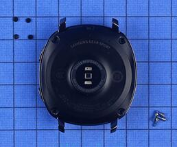 Gear Sport智能运动手表底壳采用PC+20%玻璃纤维制造