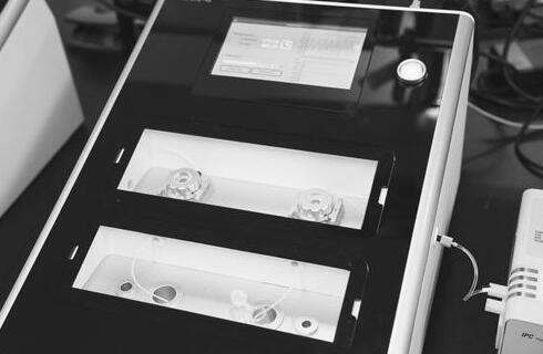 双通道生物分子界面分析仪
