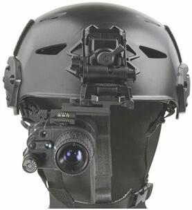 可选择安装在头盔上的Armasight by FLIR MNVD单目夜视产品