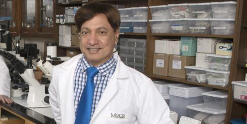 Martin D'Souza博士