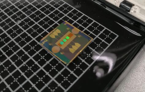 力策科技研发的OPA芯片