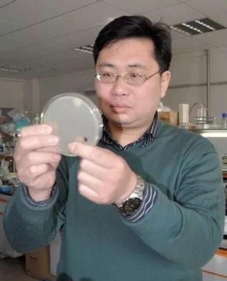 """方诩:""""生物芯片""""研发和产业化的强者"""