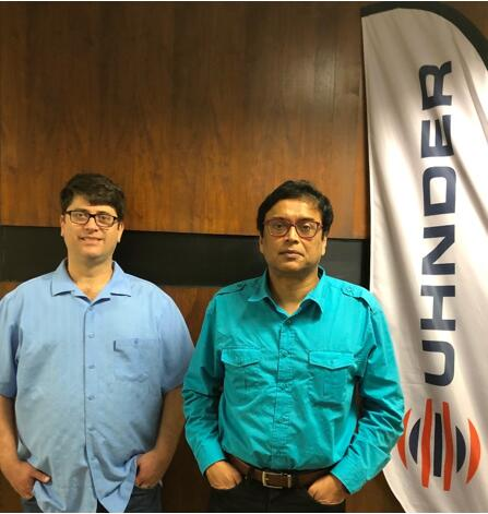 Uhnder联合创始人Curtis Davis(左)和Manju Hegde(右)