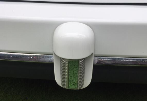 Waymo自动驾驶车辆后方的激光雷达