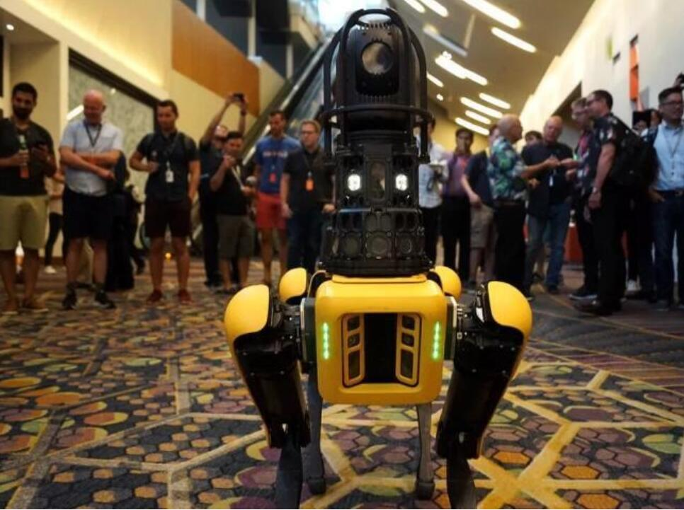 波士顿动力准备推出Spot机器人,3D摄像头帮助绘制工地等地图