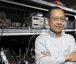 二维MEMS光栅引领光学相控阵变革:高速、宽谱、高分辨率