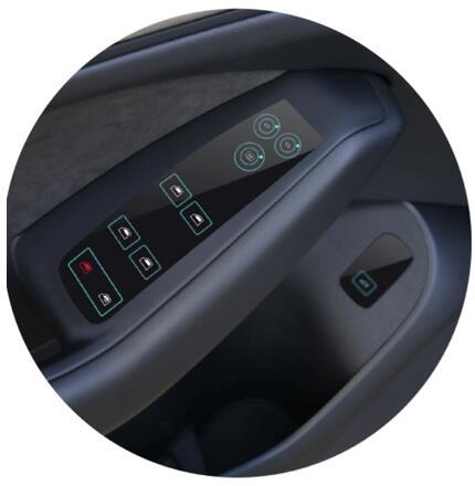 采用NextInput车规级ForceTouch™ HMI解决方案的车门控制面板