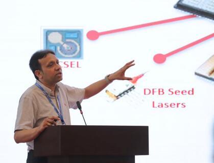 II-VI首席市场官Sanjai Parthasarathi先生现场演讲