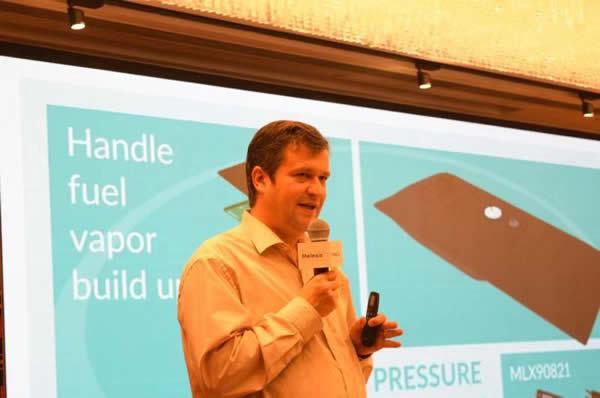 Melexis压力传感器产品线经理Laurent Otte讲解MEMS传感器芯片