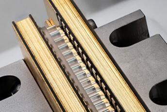 高功率二极管激光器堆叠阵列(stack),可用作泵浦激光光源