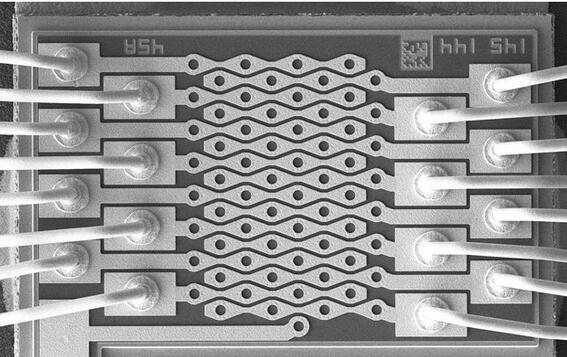 Lumentum的VCSEL芯片