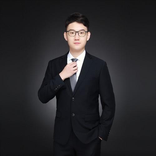 奕目科技总经理、联合创始人李浩天
