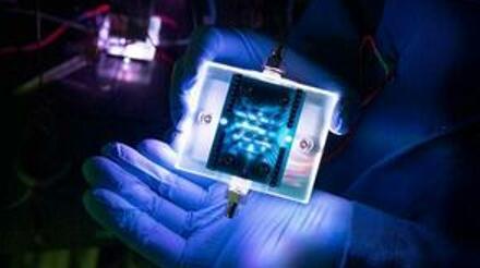 """美国圣母大学开发出高灵敏度的纳米""""电子鼻""""原型"""