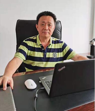 拜安科技总经理俞红鹰